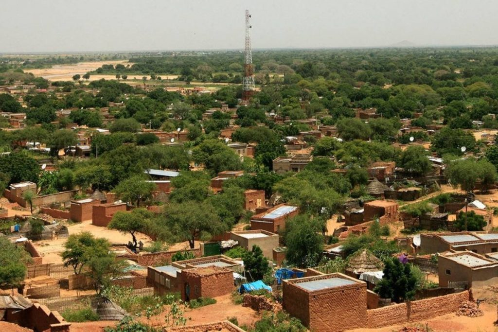 AMP: Sudan.  - At least 83 people were killed in a violent clash between militias in the capital of West Darfur