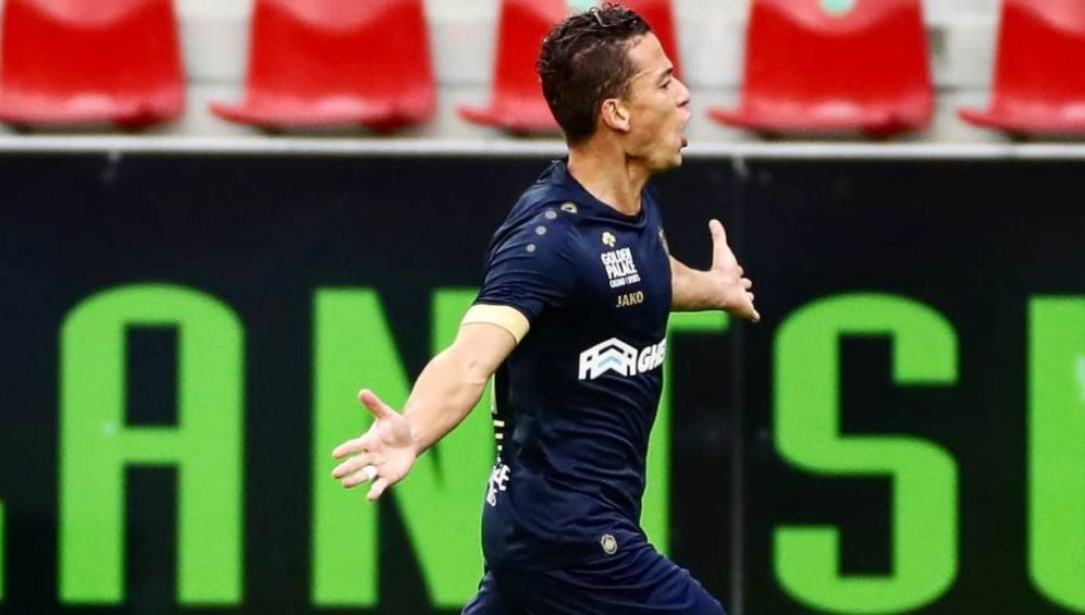 Christian Benavente, quickly asked Santiago Solari for the Azulcrima midfielder