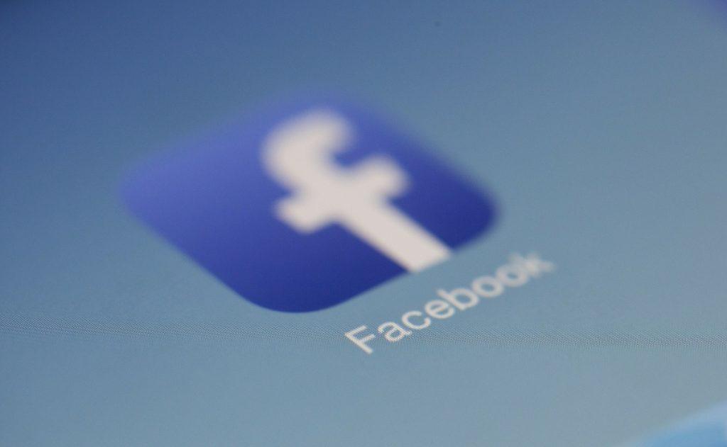 Facebook-abre-portal-de- noticias