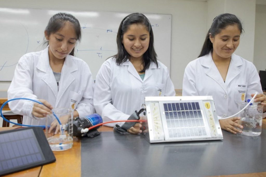 Find out how to apply for the Women in Science Scholarship competition
