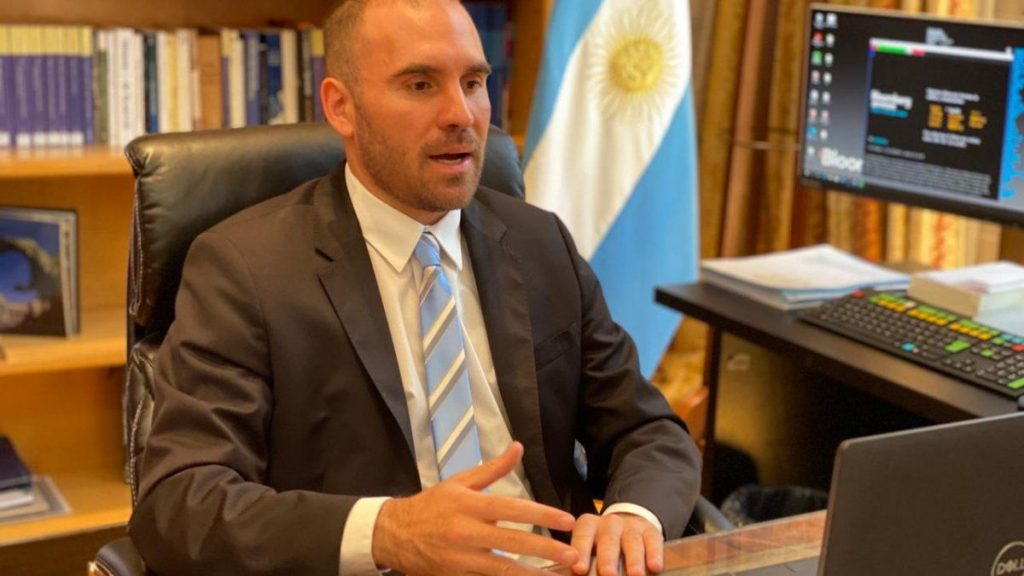 Guzmán said he wanted the deal with the International Monetary Fund before May