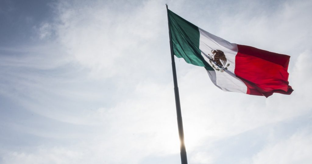 How much will Mexico grow in 2021?