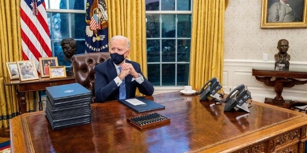 President Biden: Symbols of Joe Biden's New Oval Office (And What Has Changed From Trump's Office)