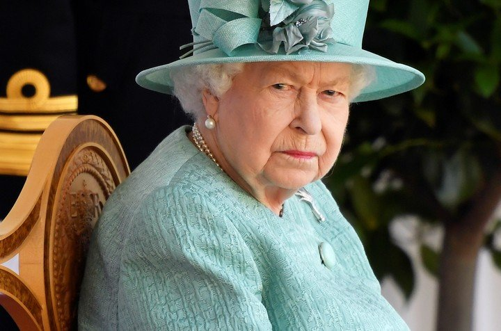 Even Queen Elizabeth II is not recognizable on television.  Photo: DPA