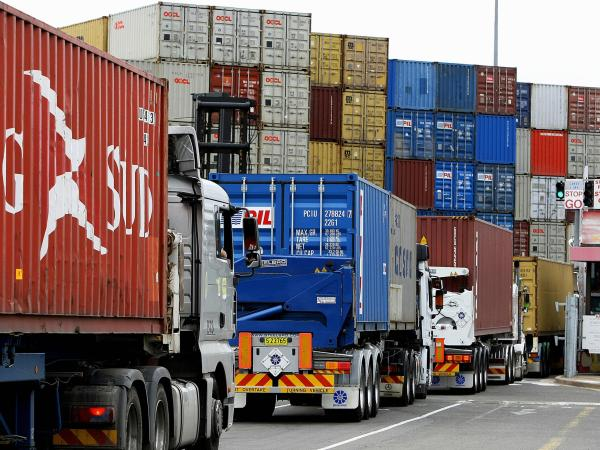 Colombia's trade balance deficit falls by $ 653 million |  Economie