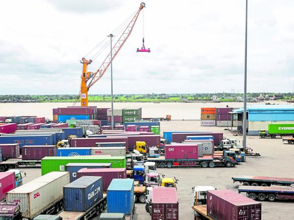 Pricham and Lladix launch a coalition to facilitate the trade economy