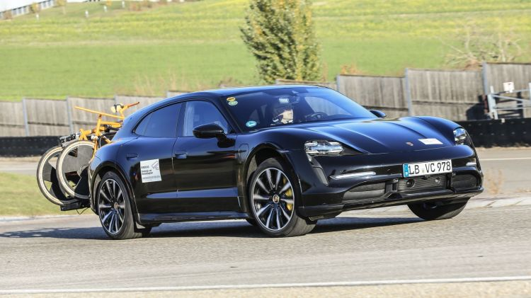Porsche Taycan Cross Turismo 13 tests