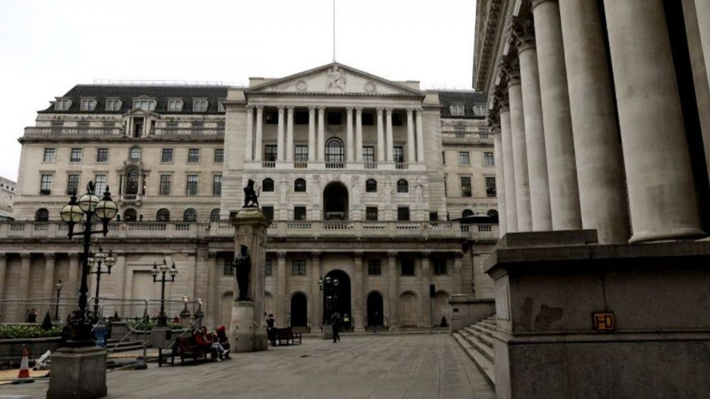 They warn that English banks have not yet faced the worst effects of the epidemic