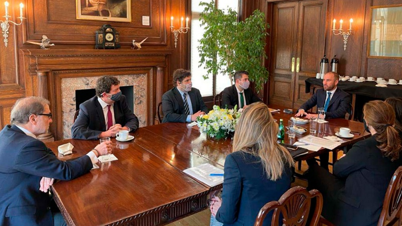 Guzmán met with the authorities of the World Bank - Telam