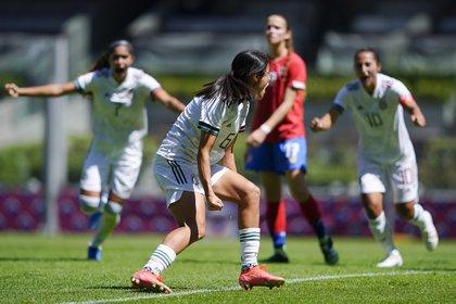 TRI Women's Celebrate Winning Costa Rica 02-20-2021 (Photo: Twitter @ miseleccionmx)