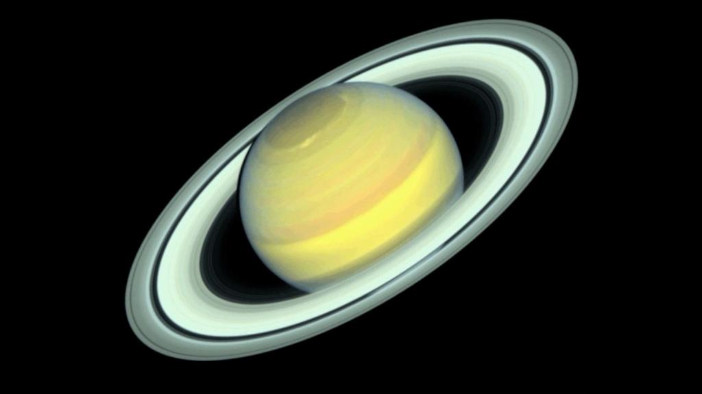 NASA shares the seasonal color change on Saturn