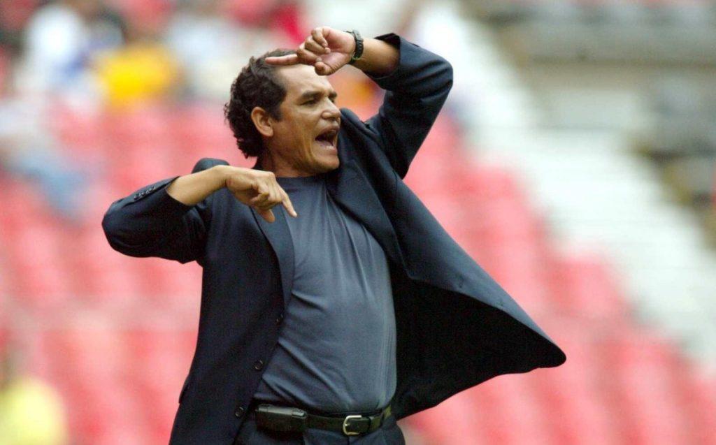 Chivas legend requests the departure of Victor Vucic and Ricardo Pelaez