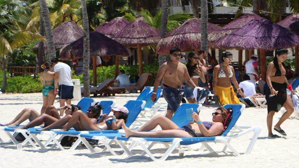 Malta will pay travelers who decide to spend their summer vacations in that country