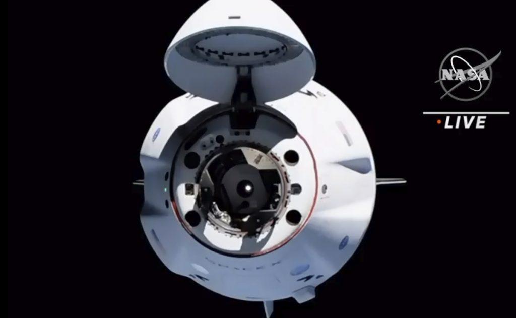 Arribo de la Crew-2 a la EEI
