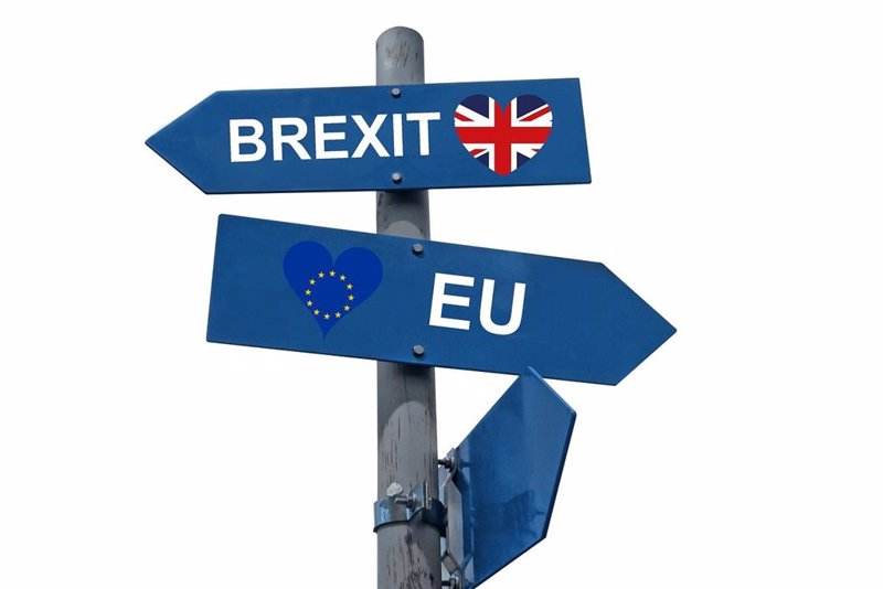Economy.-The Federation of Trade Unions warns that exports to the UK will decline due to the mandatory nature of the certificates