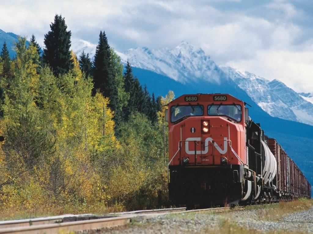 Un tren de la empresa ferroviaria de Canadá.
