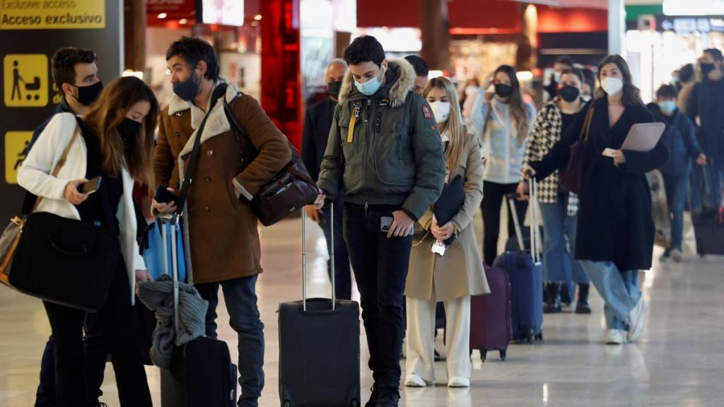 Spain lost 9 out of 10 international air passengers in the first quarter