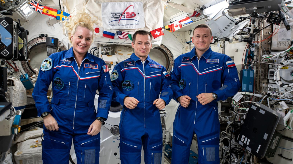 They prepare to return to Earth after 185 days