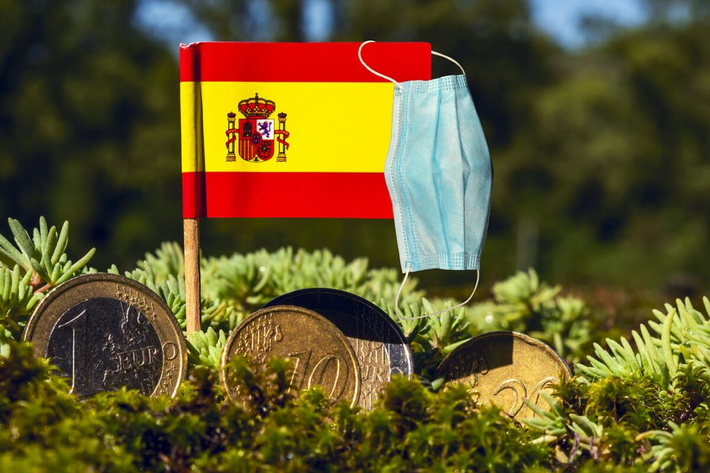 More than half of Spaniards rule out a short-term recovery