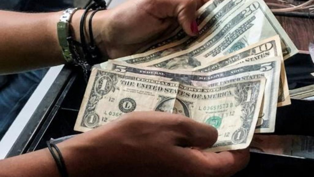 Remittances to Mexico hit a monthly record in March
