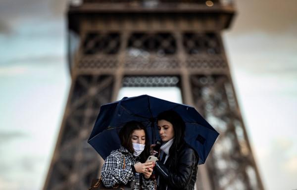 France imposes quarantine on British travelers
