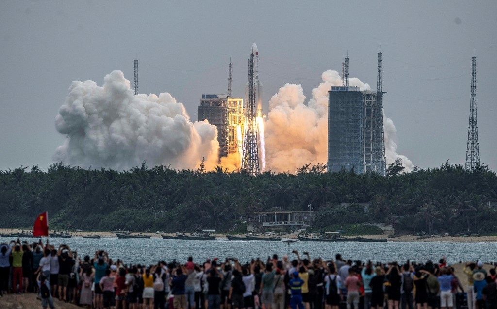 A Chinese space rocket officially lands in the Indian Ocean