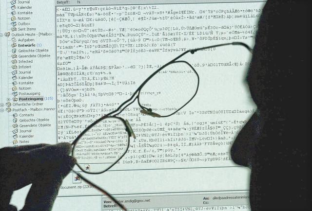 Employee training, key to avoiding corporate cyber attacks