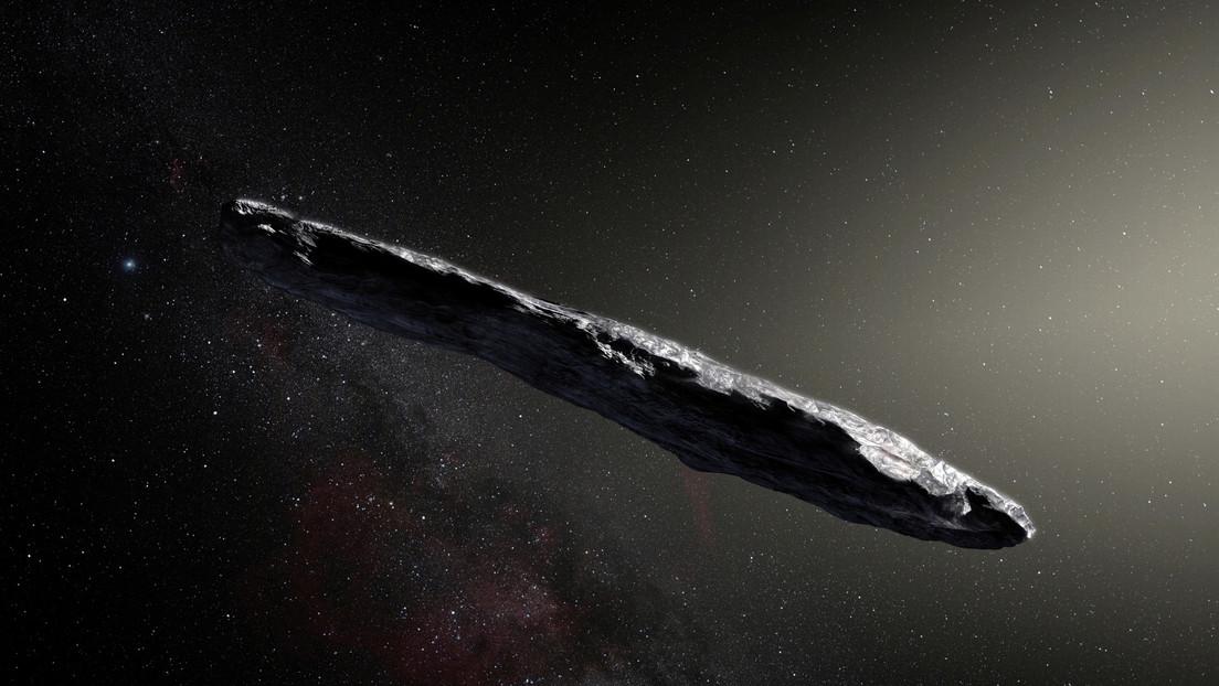 "Asteroid Oumuamua ""advanced aerospace technology""Senior astronomer at Harvard University"