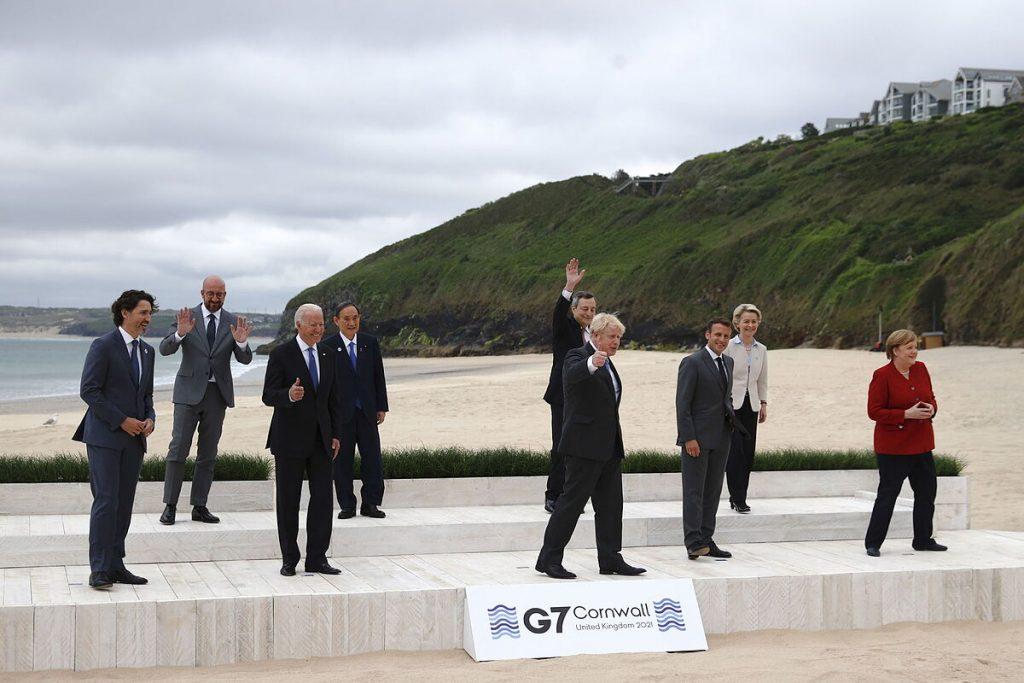 The G7 pledges to donate 1 billion vaccines by 2022