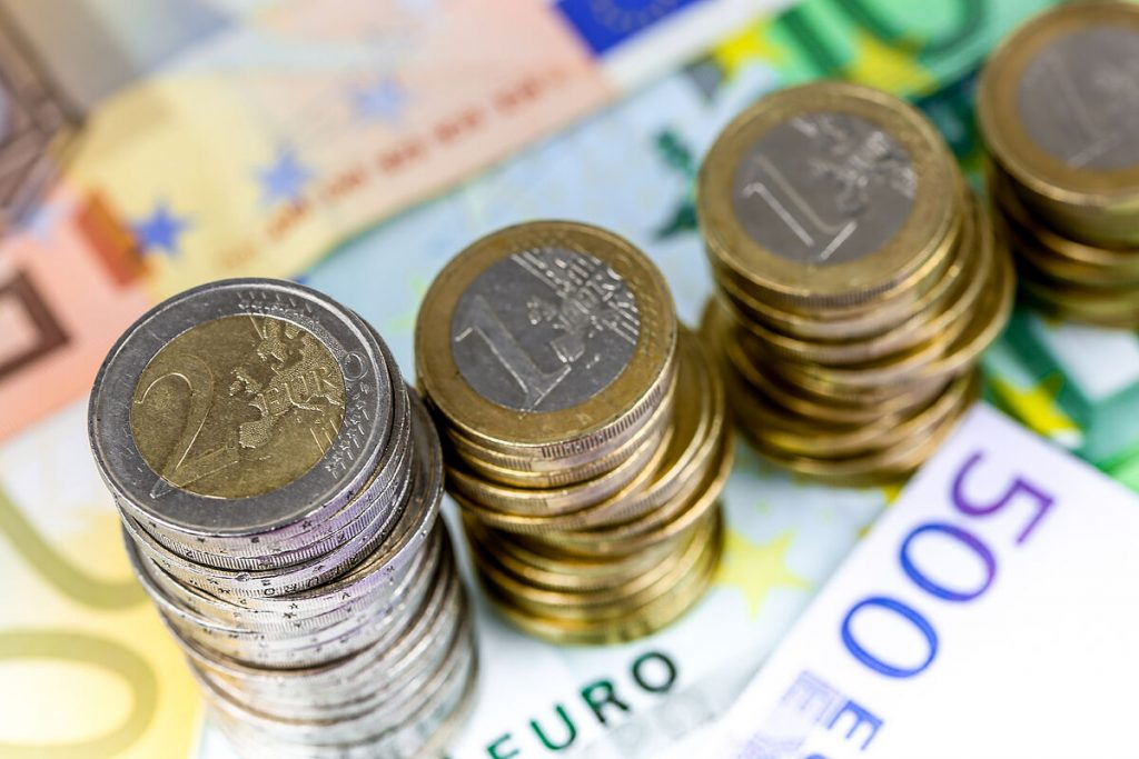 Spaniards donate €23.3 million in 2020 to NGOs through inheritance