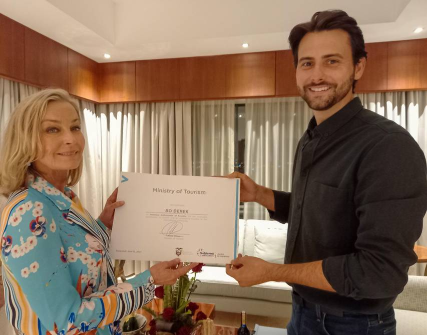 Bo Derek, Ambassador of Tourism in Ecuador |  Economy |  News