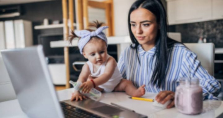 Science says so!  Working mothers raise successful, independent daughters
