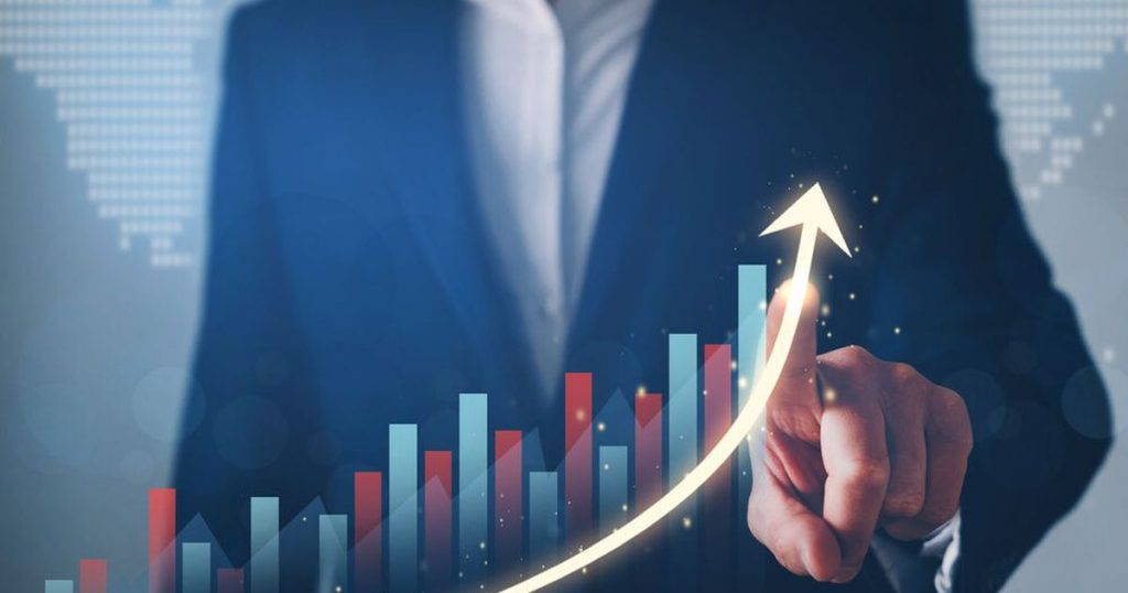 Treasury (again) improves growth forecast for 2021, now to 6.5% - El Financiero