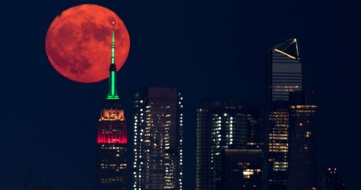 Orange Moon due to fires in the United States and Canada