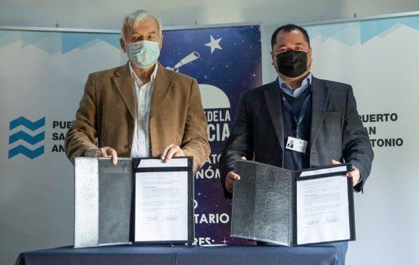 Puerto San Antonio and Science Park of Santo Domingo signed an agreement to carry out educational activities