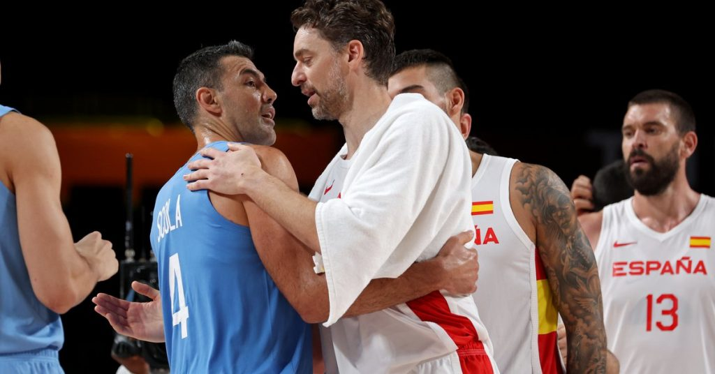 Argentina suffered another basketball setback against Spain and put their Olympic stay in jeopardy: what they need to qualify for the quarter-finals