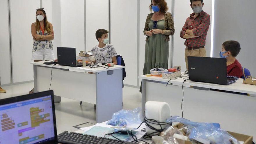 Etopia Kids acerca la ciencia, el arte y la tecnología a los chavales en sus colonias urbanas