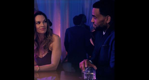 "In Las Vegas, the corrupt relationship begins between detective Valerie Quinlan and successful Derek Tyler, the main characters of the... ""Fatal"" (Instagram)"