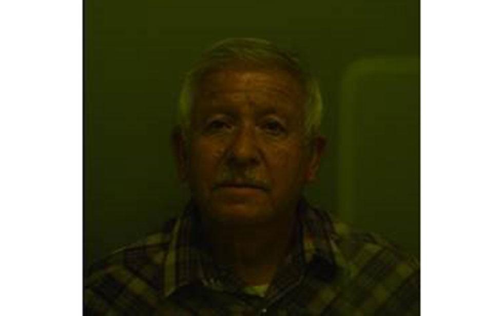 Man arrested for abandoning husky in El Paso
