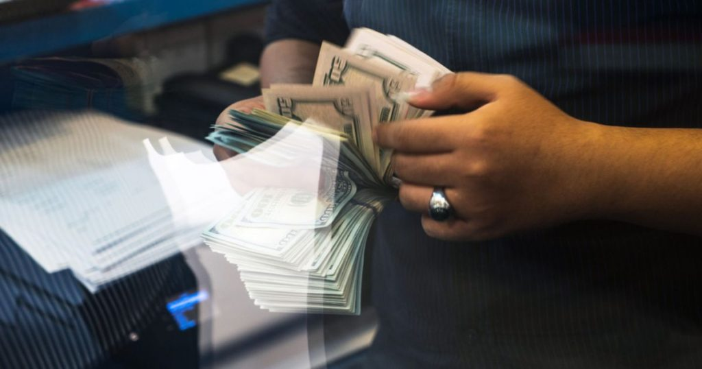 Remittances Saved Latin American Economies - El Financiero