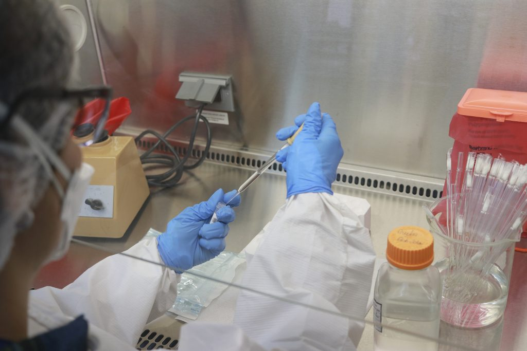 Science in Costa Rica scans coronavirus for mutations and variants - La Nación