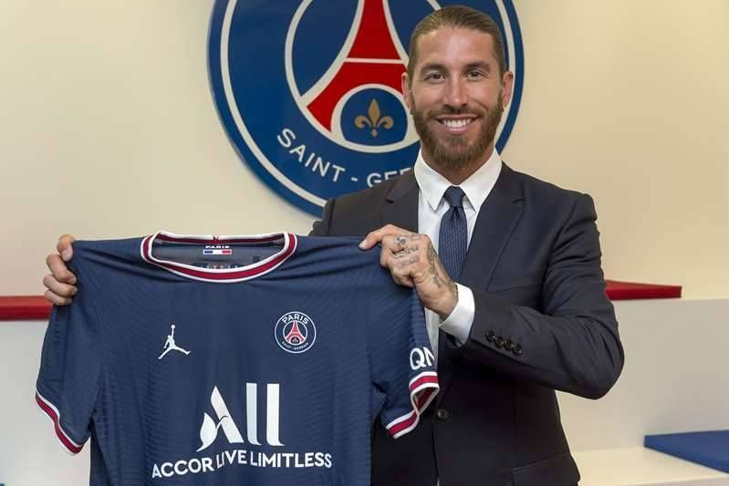 Sergio Ramos is a new player in Paris Saint-Germain and signed for two seasons