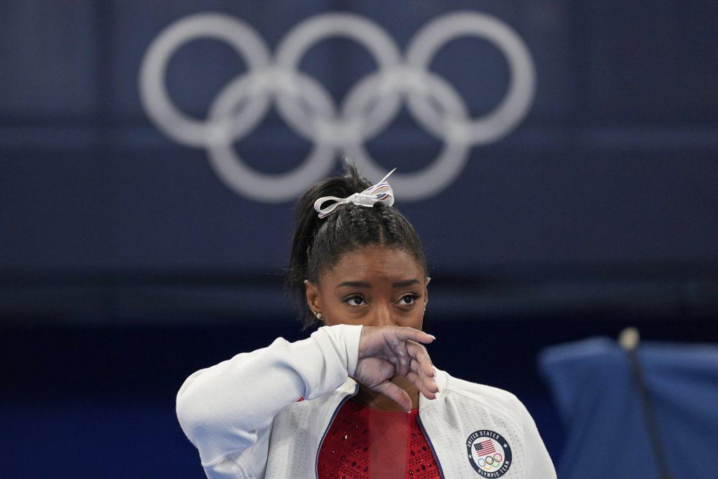 USA loses gold to Russia in team gymnastics - La Nutica