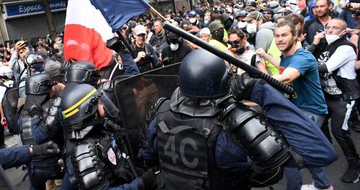 More than 200,000 French people demonstrate against the health passport: look what it is