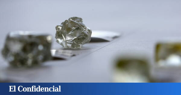 The world's hardest new crystal can scratch a diamond