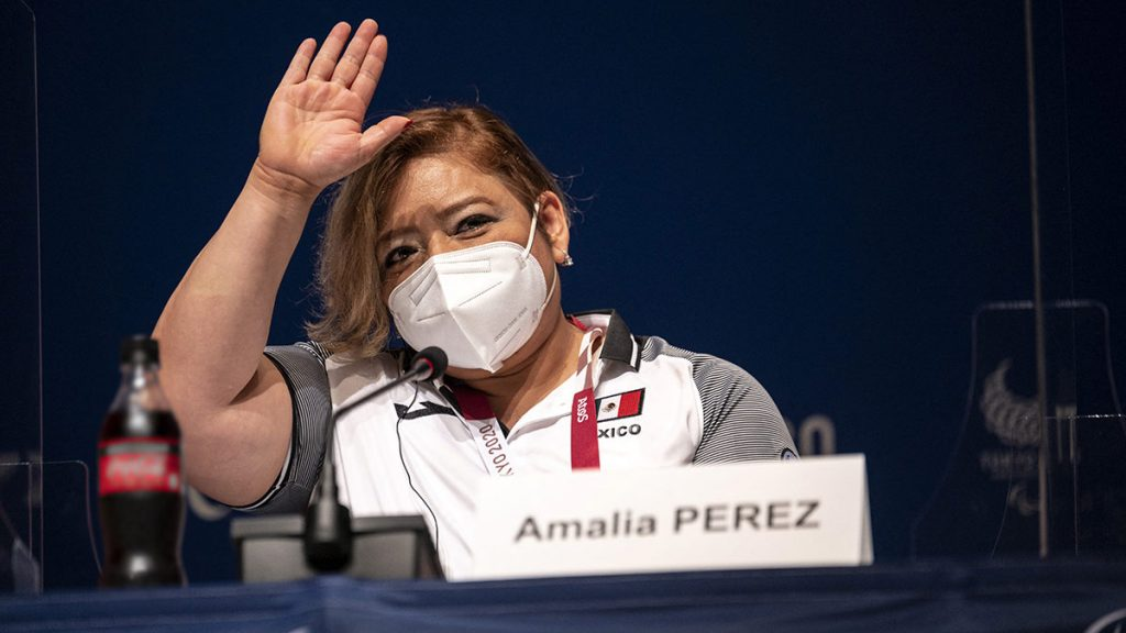 Tokyo 2020: Amalia Perez wins gold for Mexico