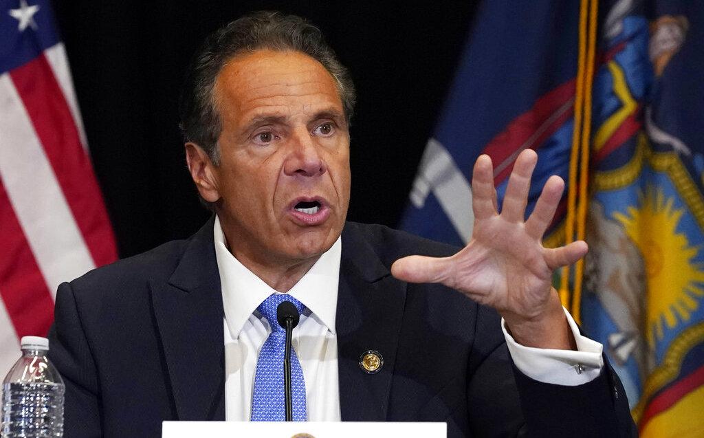 El gobernador de Nueve York, Andrew Cuomo, enfrenta once acusaciones de acoso sexual en su contra. (AFP)