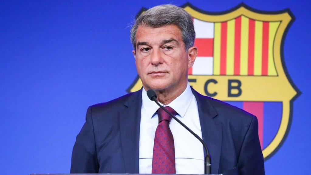 """Barcelona's debt lies 1350 million euros"""