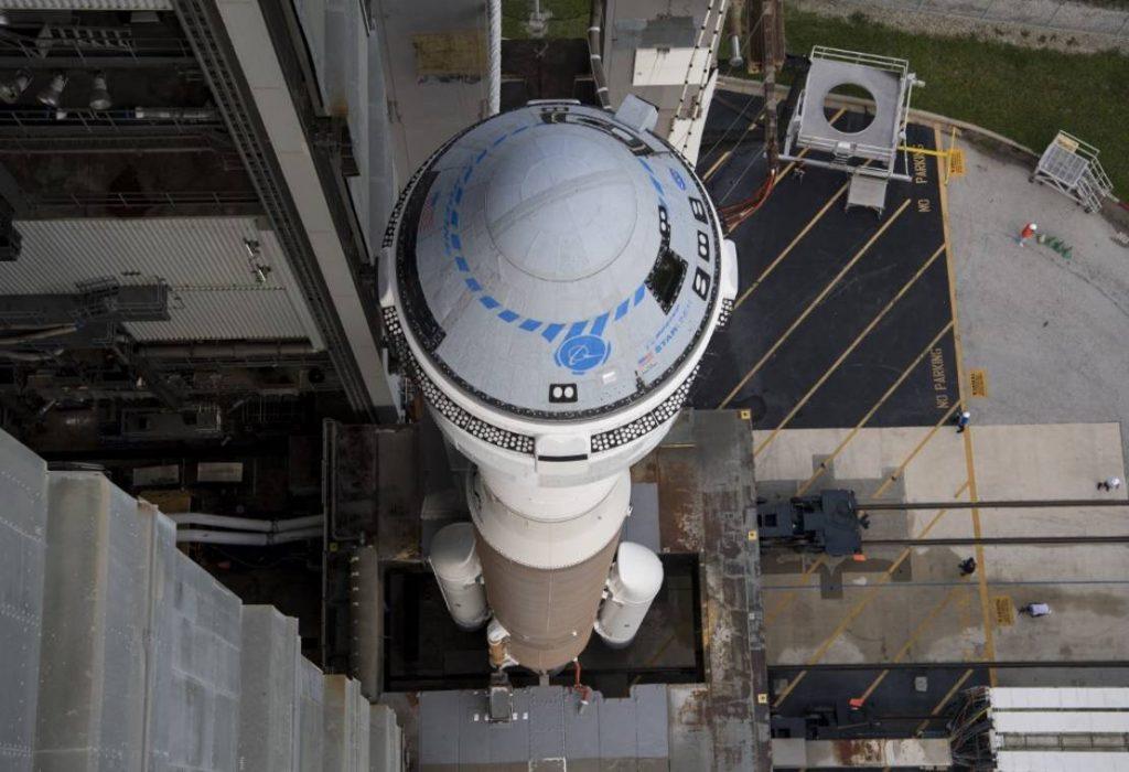Boeing detiene temporalmente sus planes de volar