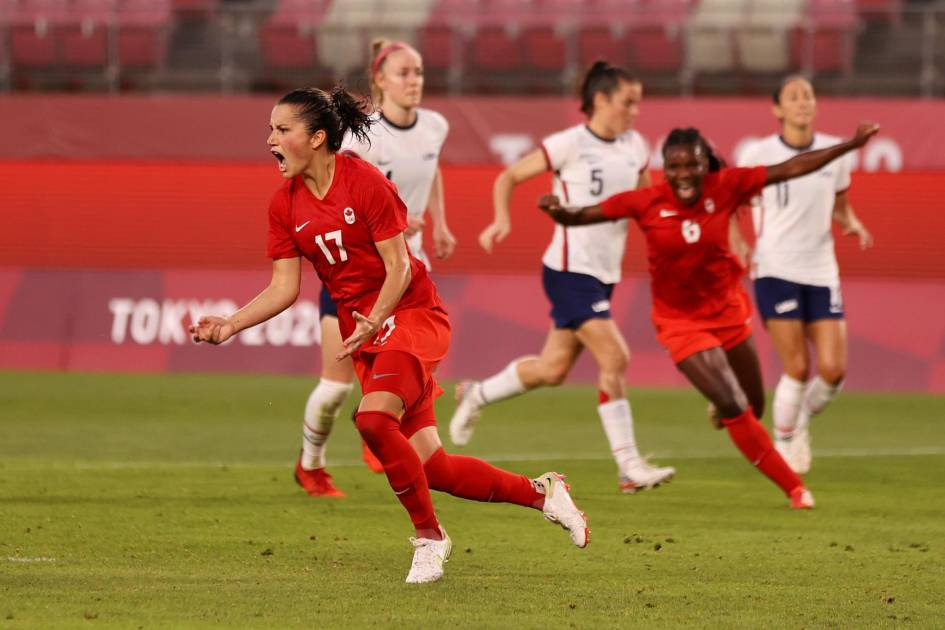 Canada leaves the United States in the women's soccer final